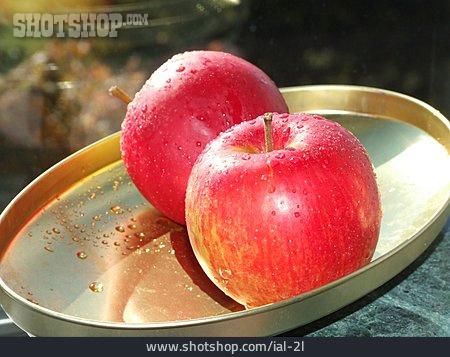 Apple, Tray