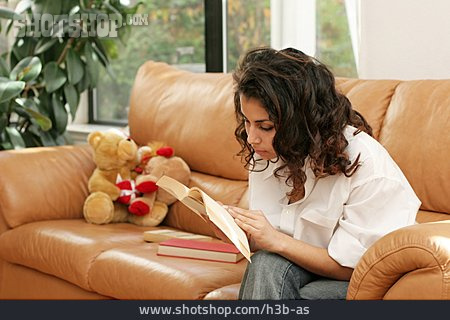 Young Woman, Woman, Reading