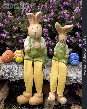 Easter Bunny, Easter Eggs