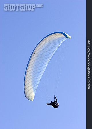 Paraglider, Paragliding