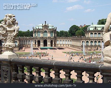 Parapet, Dresden, Kennels
