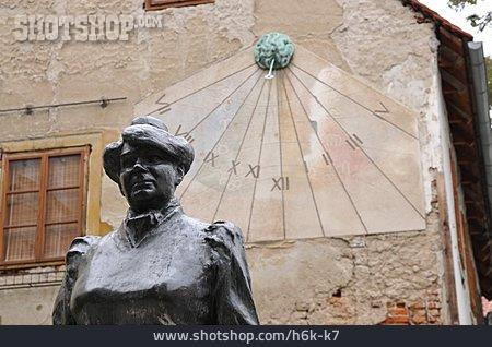 Sundial, Marija Juric Zagorka, Bronze Figure