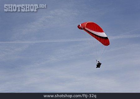 Paraglider, Parachutist