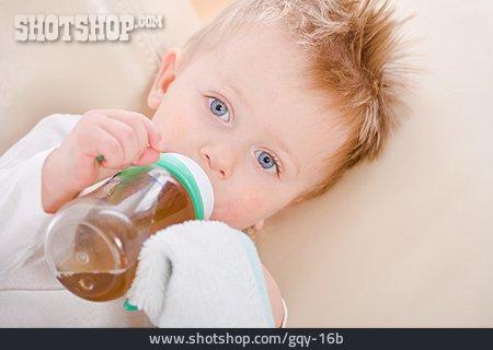 Toddler, Drinking, Bottle