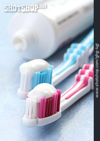 Couple, Toothbrush, Toothpaste