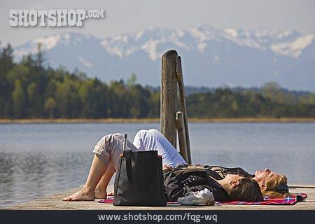 Resting, Sunbathing, Siesta