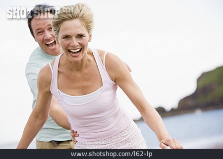 Couple, Enjoyment & Relaxation, Love, Fun & Happiness, Catching