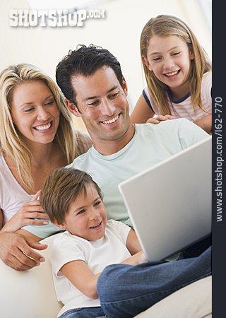 Domestic Life, Internet, Family