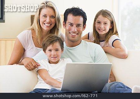 Internet, Family