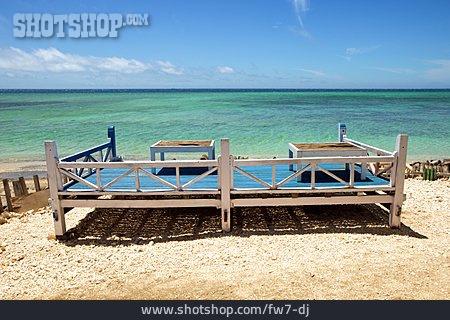 Holiday & Travel, Sandy, Seat