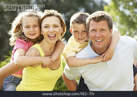 Togetherness, Family, Piggyback, Family Outing