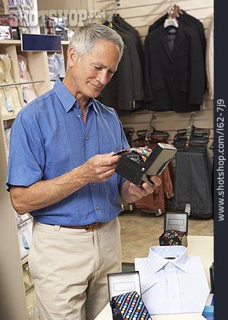 Tie, Customer, Choosing