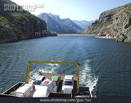 Ferry, Koman Reservoir