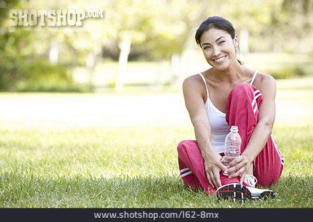 Refreshment, Relaxation & Recreation, Sportswoman
