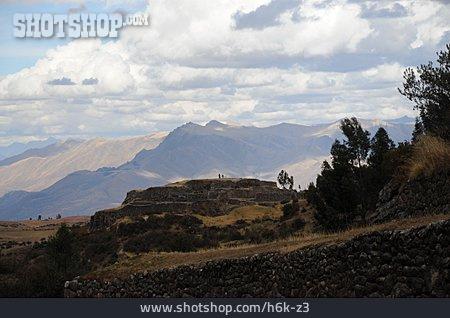 Peru, Puka Pukara, Mountain Fortress