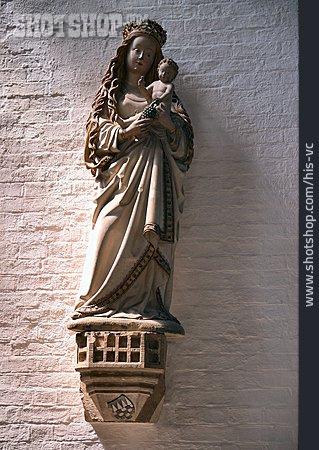 Mary Statue, Madonna