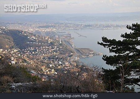 City View, Trieste