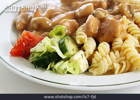 Side Salad, Goulash, Dish