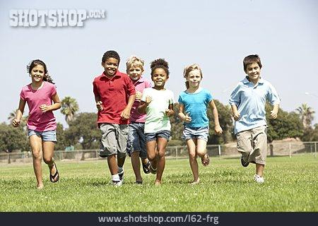Children Group, Running, Clique