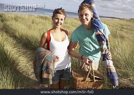 Couple, Picnic, Beach Trip