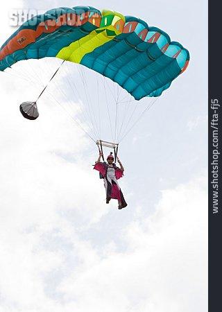 Parachute, Parachutist