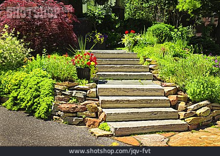 Garden, Staircase