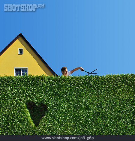 Loving, Heart, Cutting, Hedge