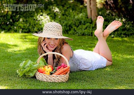 Woman, Harvest, Hobbie Gardener