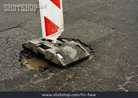 Crush Barrier, Road Damage, Pot Hole