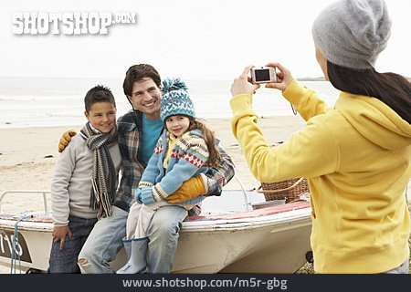 Family, Souvenir Photo, Snapshot