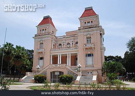 Santiago De Cuba, Villa Bacardi