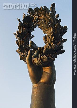 Hand, Bavaria, Bronze Statue, Wreath