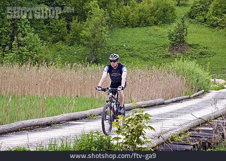 Mountain Biker, Cycling