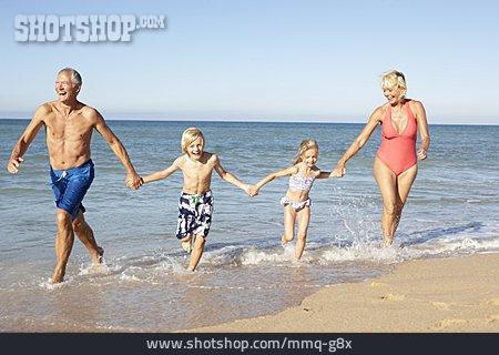 Grandparent, Beach Holiday, Grandchildren