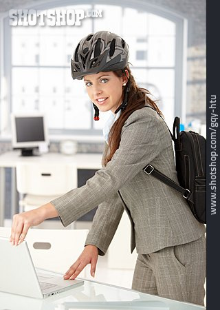 Mobility, Office Assistant, Cycling Women