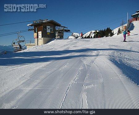 Ski Resort, Ski Slope, Chairlift