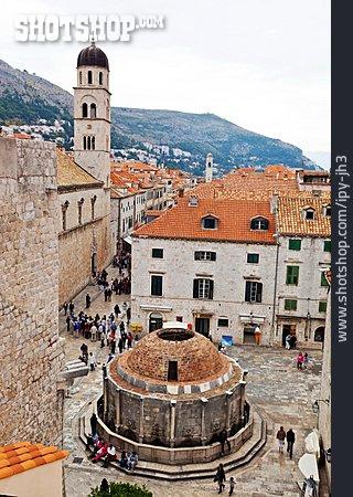 Urban Life, Fountain, Dubrovnik
