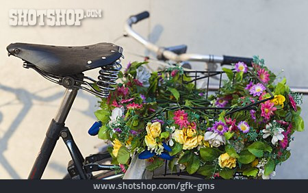 Decorated, Bi´cycle Basket, Artificial Flowers