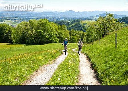 Cyclists, Mountain Biker, Bicycle Tour