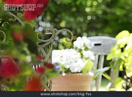Garden, Decoration