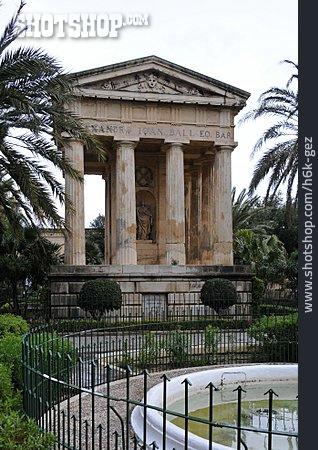 Memorial, Tomb, Lower Barracca Gardens