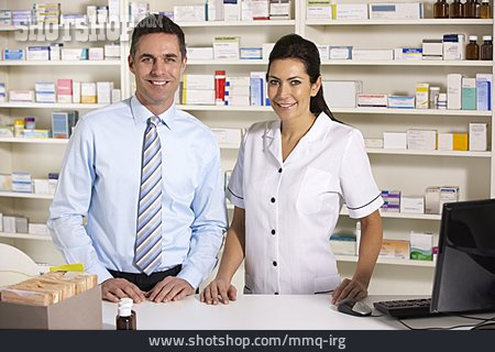Pharmacy, Pharmacist