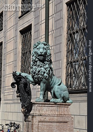 Lion, Lion Sculpture