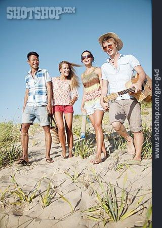 Friendship, Beach, Summer, Beach Holiday, Clique