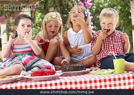 Sweets, Children Birthday, Birthday Cake, Birthday Child, Birthday Party