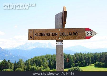 Information Sign, Footpath Sign, Wooden Shield, Klobenstein