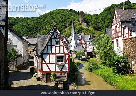 Timbered, Monreal, Elzbach