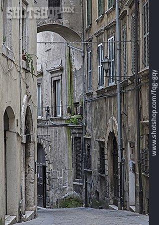 Alley, Narni