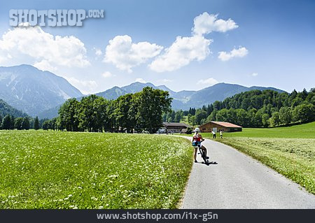 On The Move, Cycling, Bavaria