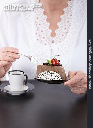 Eating & Drinking, Dessert, Cake Piece